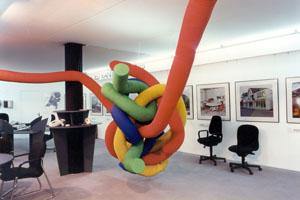 3d kunstwerk knoop voor in kantoor
